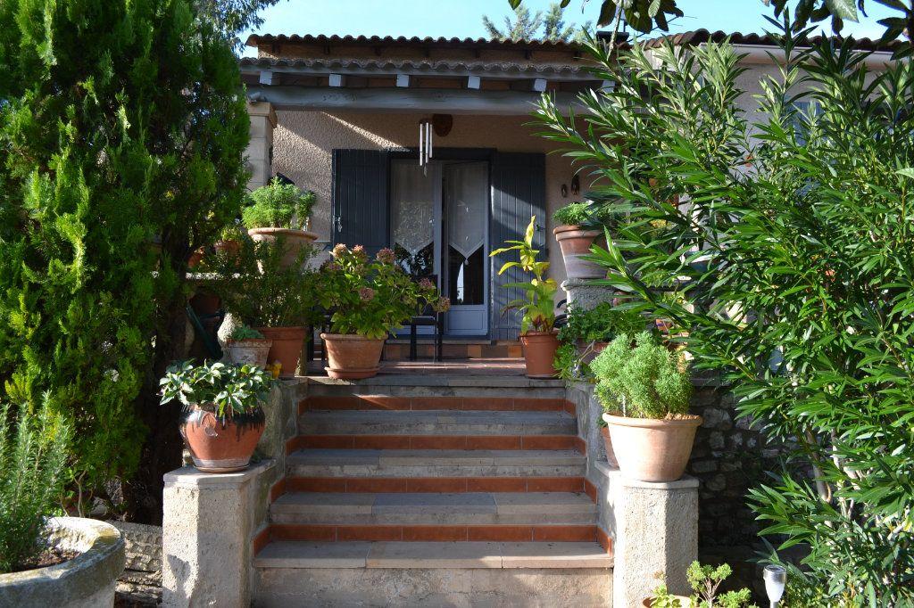 Maison à vendre 5 115m2 à Arpaillargues-et-Aureillac vignette-1