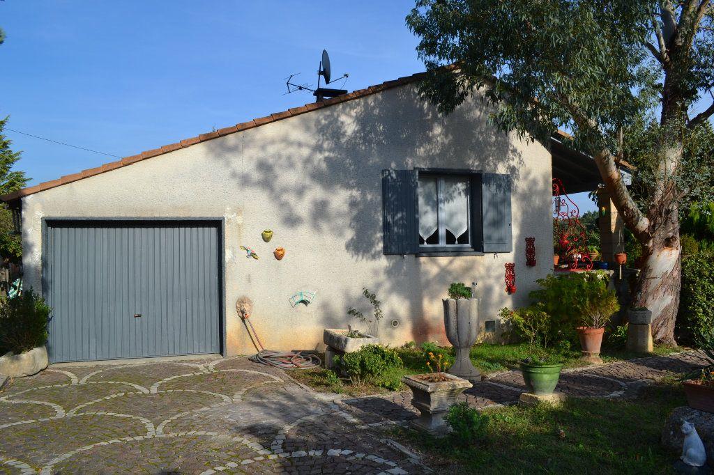 Maison à vendre 5 115m2 à Arpaillargues-et-Aureillac vignette-4
