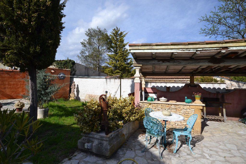 Maison à vendre 5 115m2 à Arpaillargues-et-Aureillac vignette-8