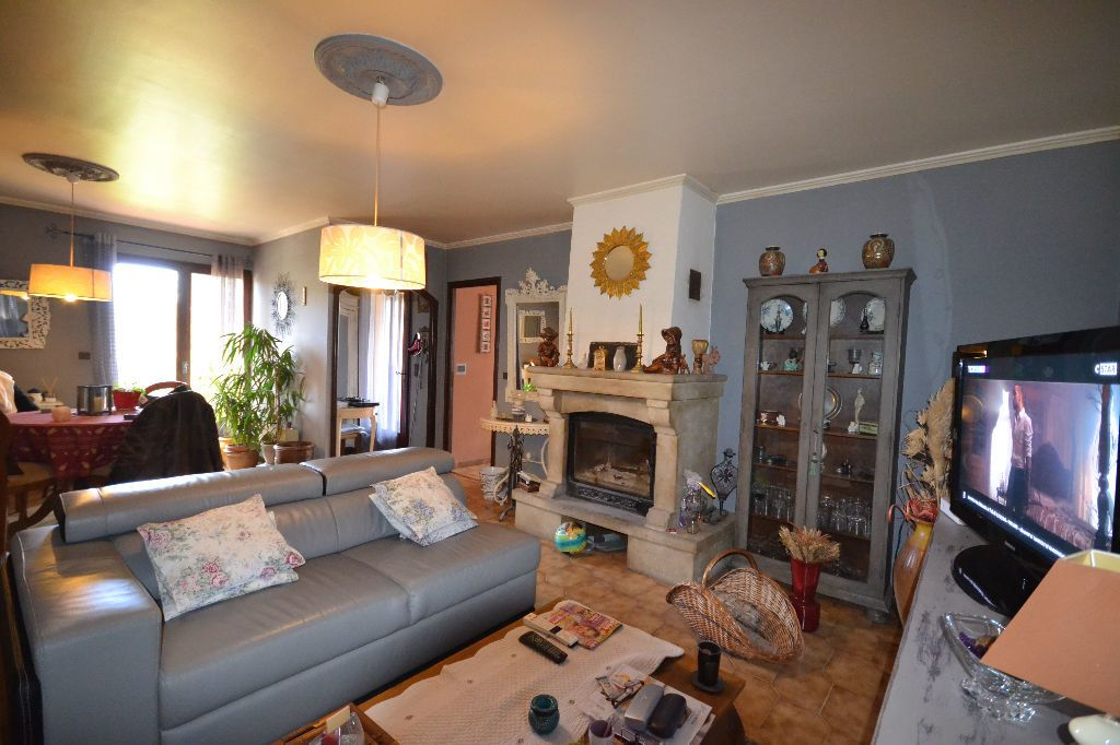 Maison à vendre 5 115m2 à Arpaillargues-et-Aureillac vignette-14