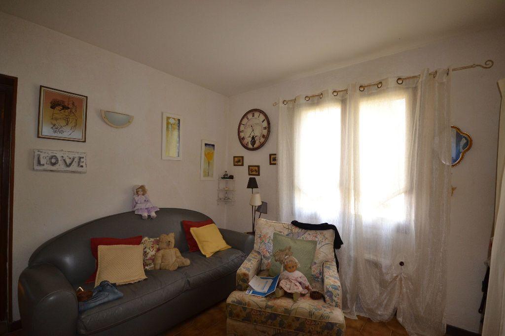 Maison à vendre 5 115m2 à Arpaillargues-et-Aureillac vignette-16