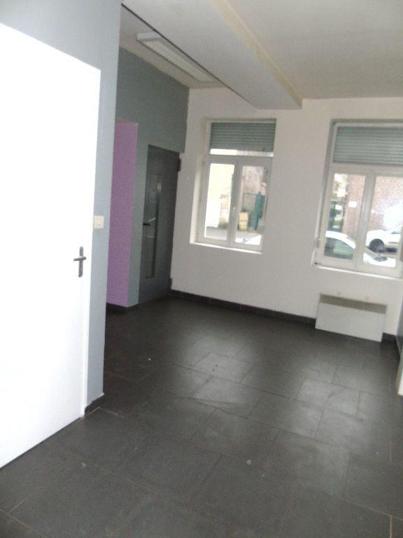Appartement à louer 2 31m2 à Anzin vignette-2