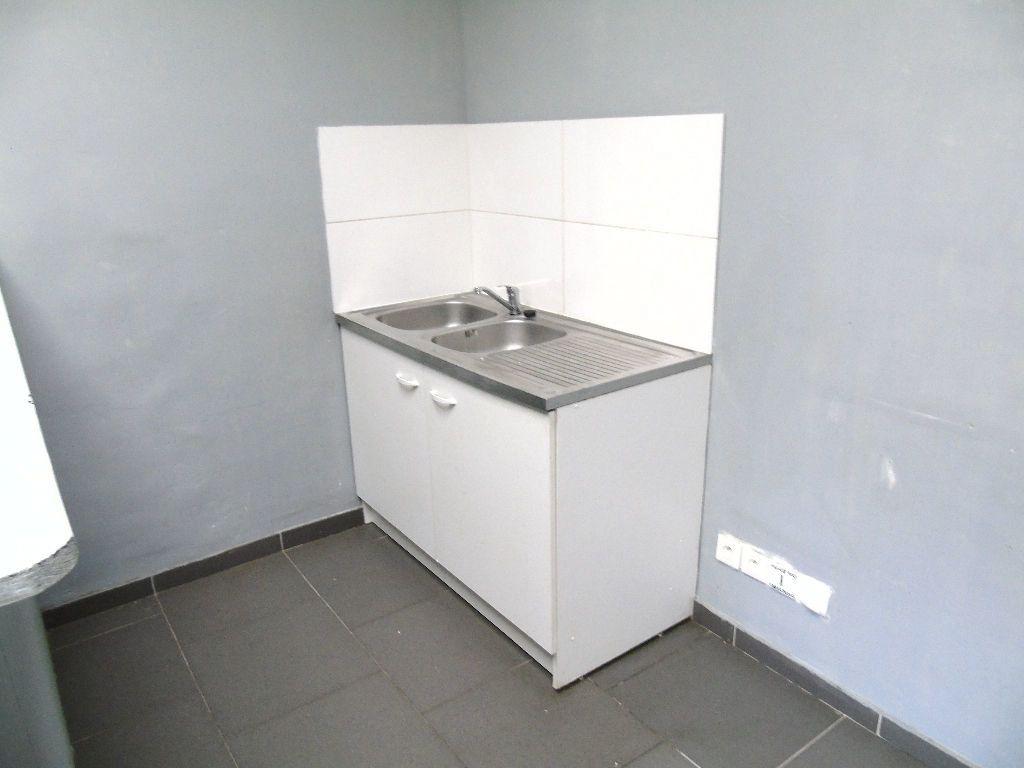 Appartement à louer 2 31m2 à Anzin vignette-5