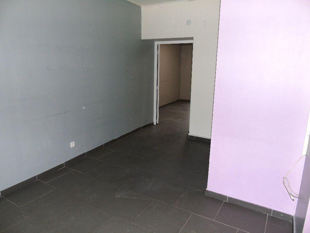 Appartement à louer 2 31m2 à Anzin vignette-8