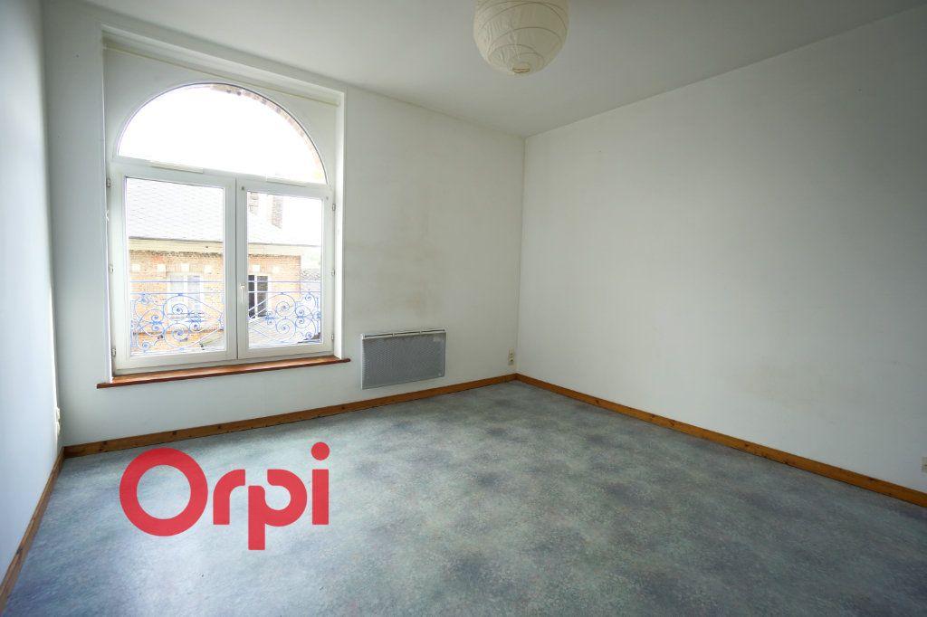 Appartement à louer 2 32.38m2 à Bernay vignette-1