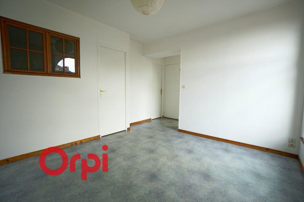 Appartement à louer 2 32.38m2 à Bernay vignette-2