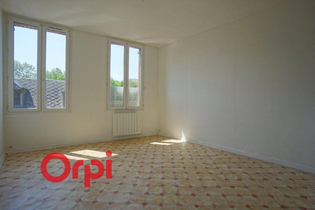 Appartement à louer 2 43.95m2 à Brionne vignette-1