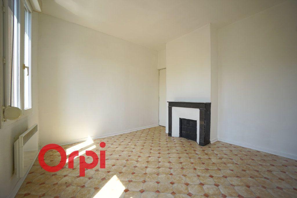 Appartement à louer 2 43.95m2 à Brionne vignette-3