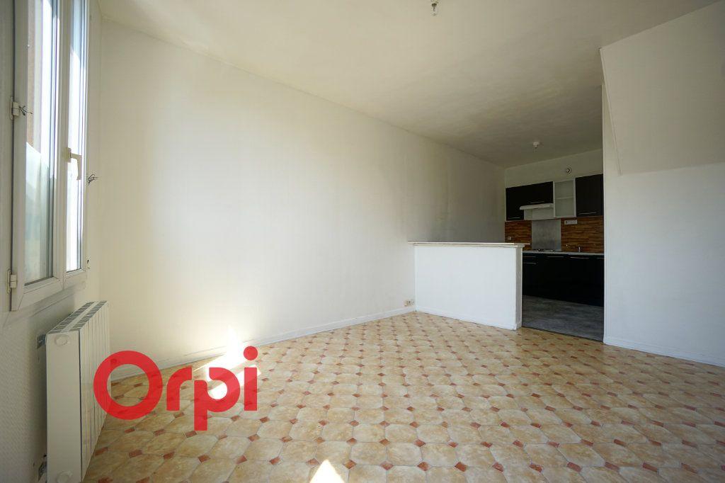 Appartement à louer 2 43.95m2 à Brionne vignette-10