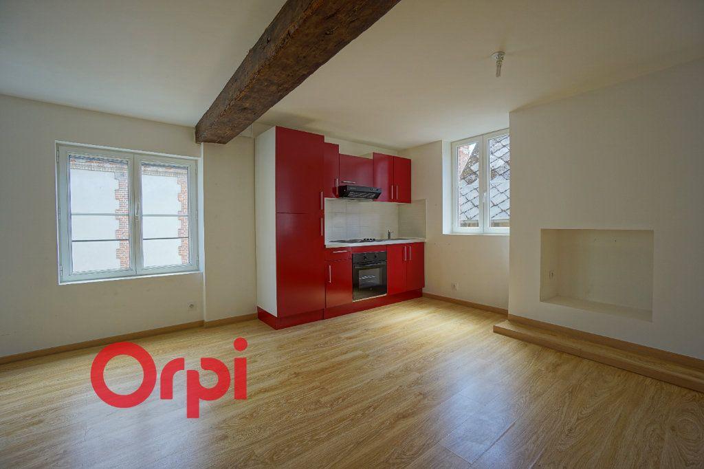 Appartement à louer 3 50.5m2 à Bernay vignette-3