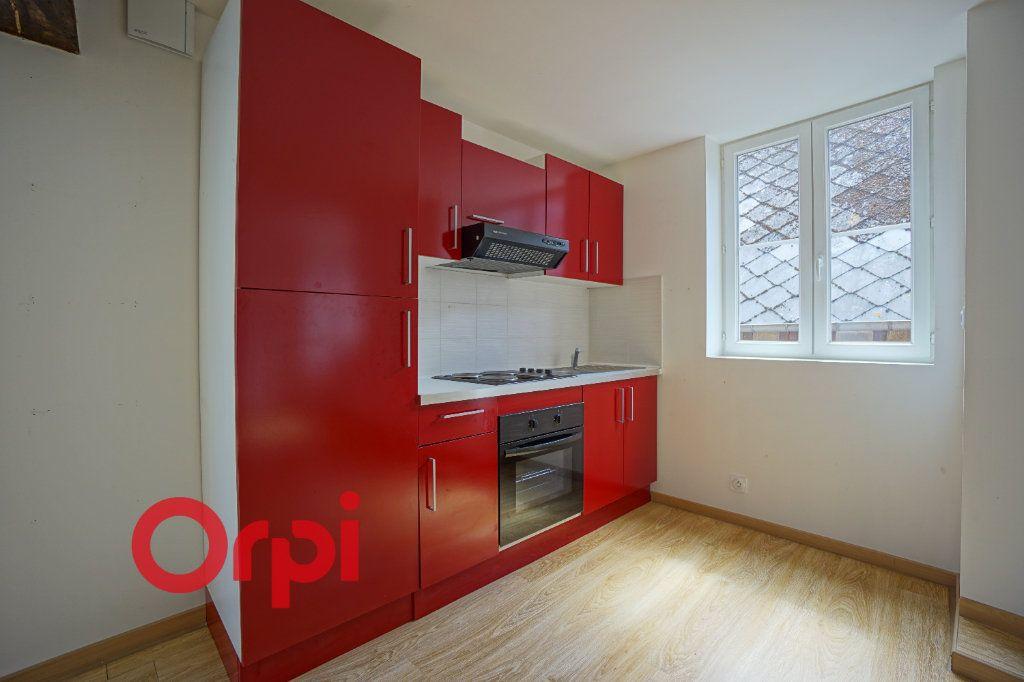 Appartement à louer 3 50.5m2 à Bernay vignette-6