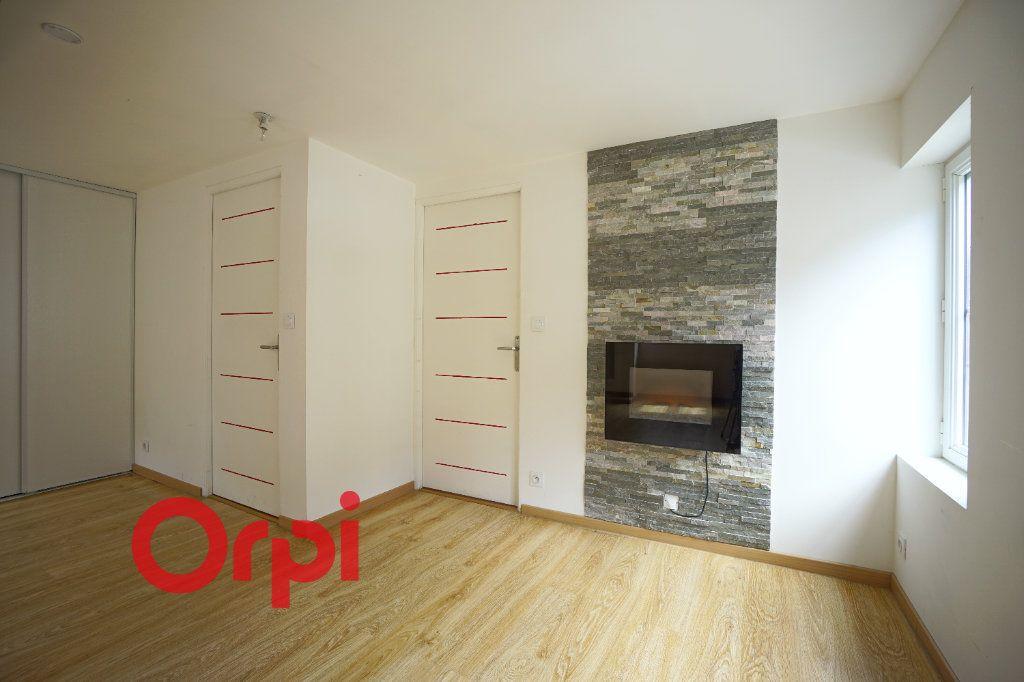 Appartement à louer 3 50.5m2 à Bernay vignette-7
