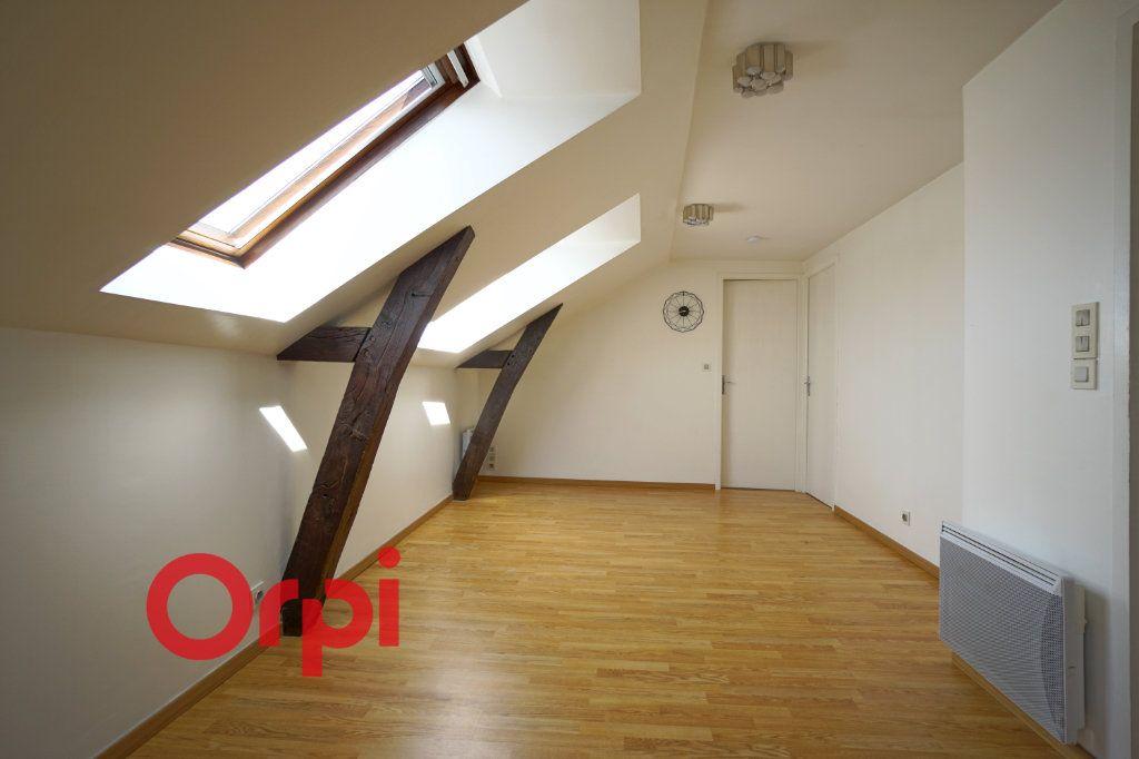 Appartement à louer 3 30.61m2 à Bernay vignette-3