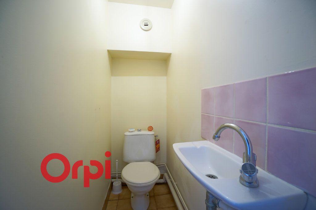 Appartement à louer 3 30.61m2 à Bernay vignette-9