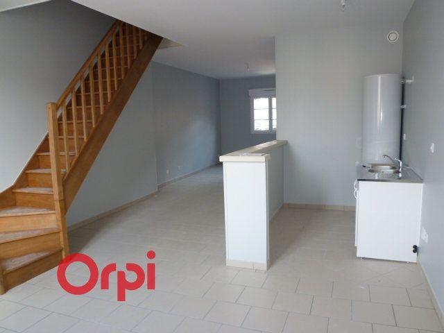 Appartement à louer 3 90.3m2 à Bernay vignette-1