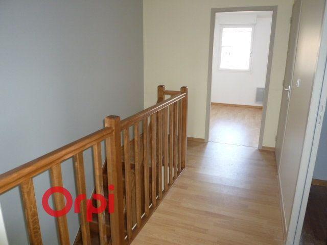 Appartement à louer 3 90.3m2 à Bernay vignette-7