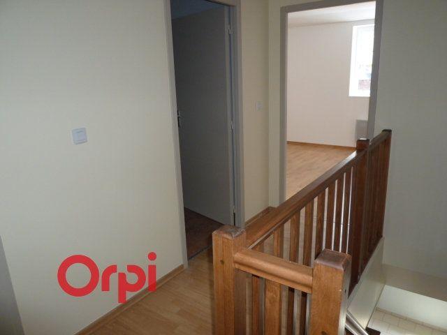 Appartement à louer 3 90.3m2 à Bernay vignette-8