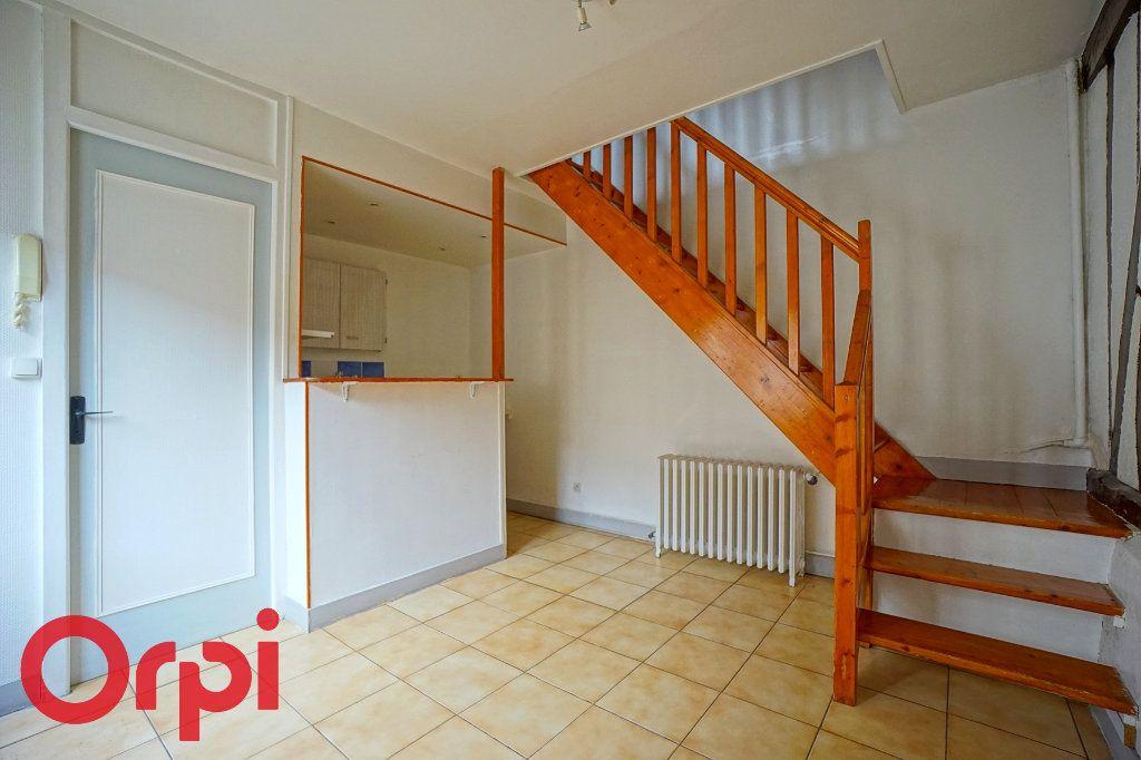 Appartement à louer 2 44.97m2 à Bernay vignette-1