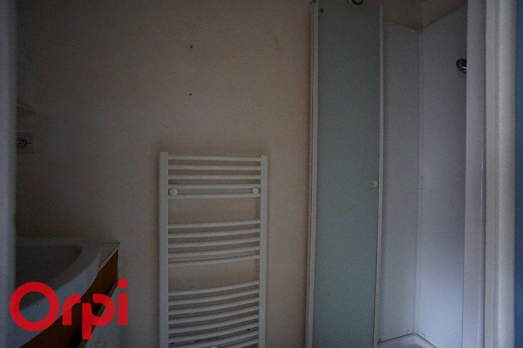 Appartement à louer 2 44.97m2 à Bernay vignette-6