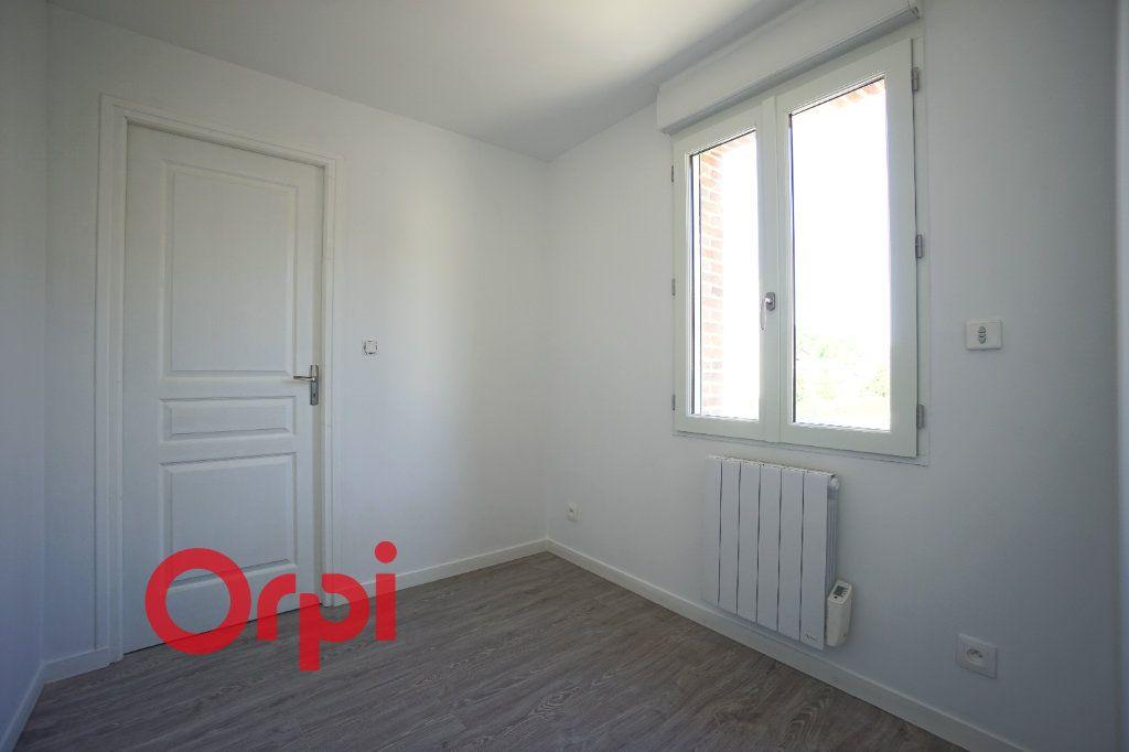 Appartement à louer 3 65.7m2 à Bernay vignette-7