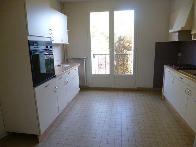 Appartement à louer 6 125m2 à Senlis vignette-3
