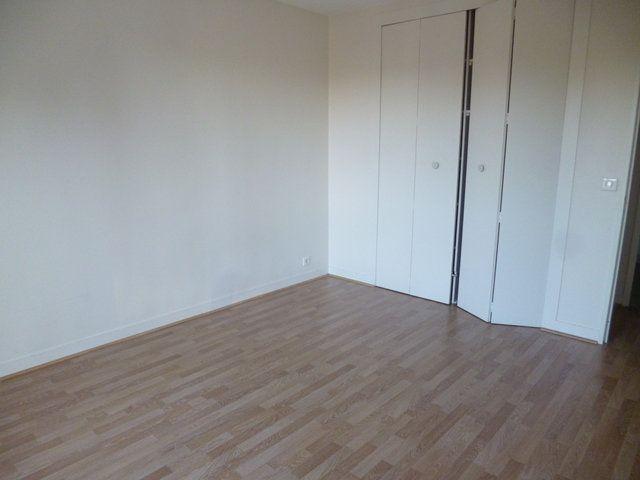 Appartement à louer 6 125m2 à Senlis vignette-4