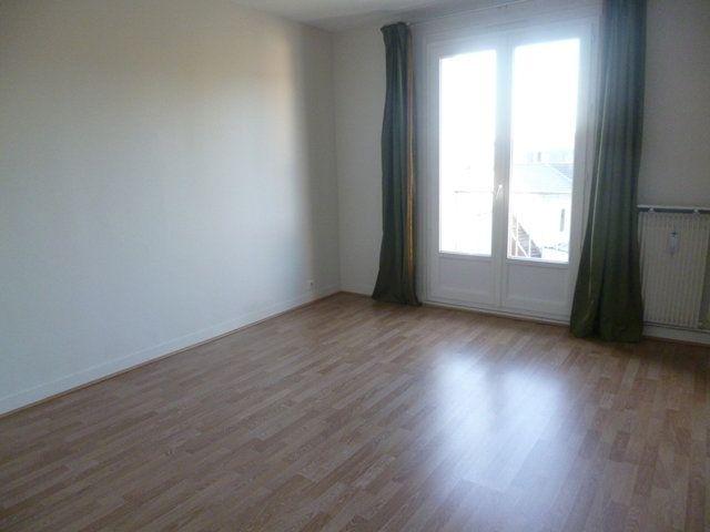 Appartement à louer 6 125m2 à Senlis vignette-5