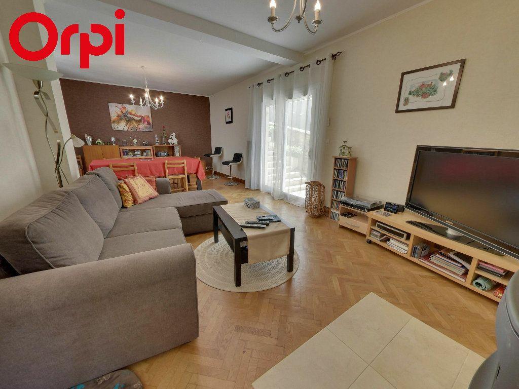 Maison à vendre 4 75m2 à Nanteuil-le-Haudouin vignette-1