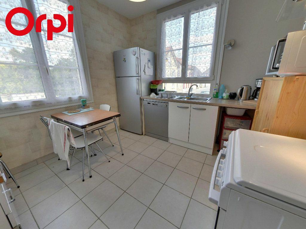Maison à vendre 4 75m2 à Nanteuil-le-Haudouin vignette-3