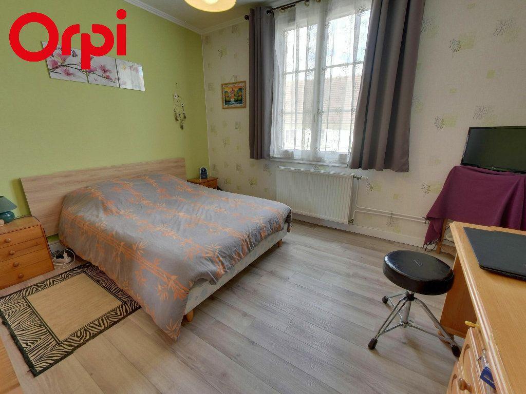 Maison à vendre 4 75m2 à Nanteuil-le-Haudouin vignette-4