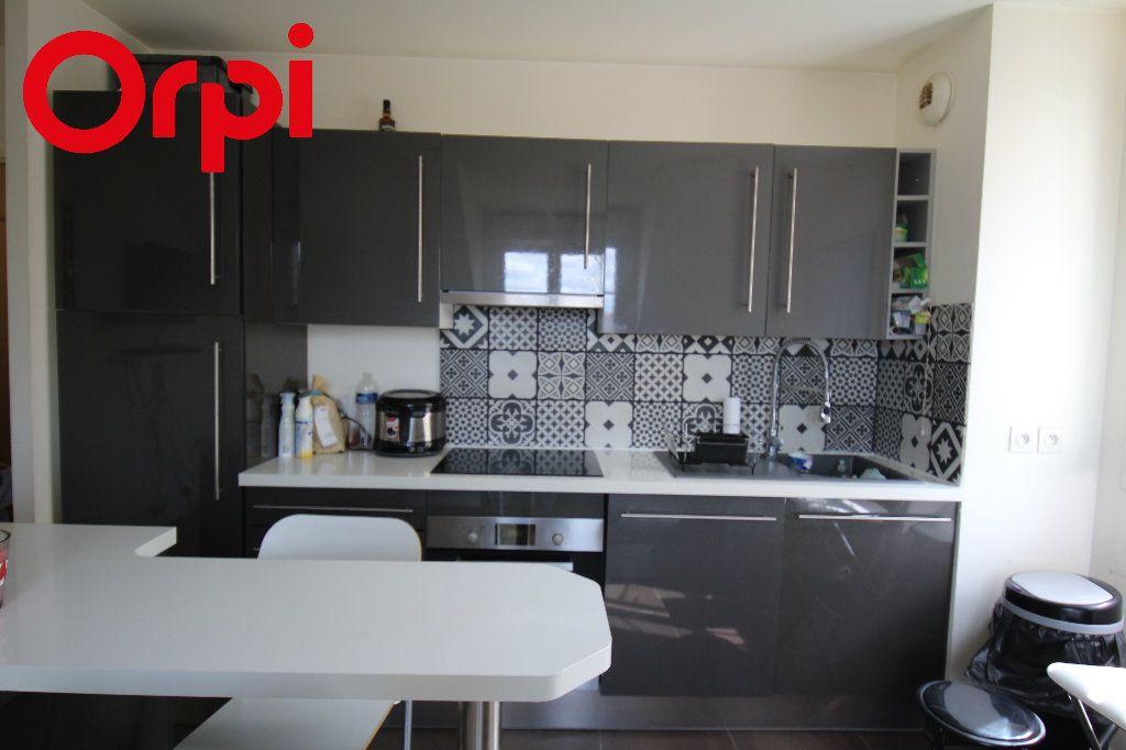 Appartement à vendre 2 38.16m2 à Nanteuil-le-Haudouin vignette-2