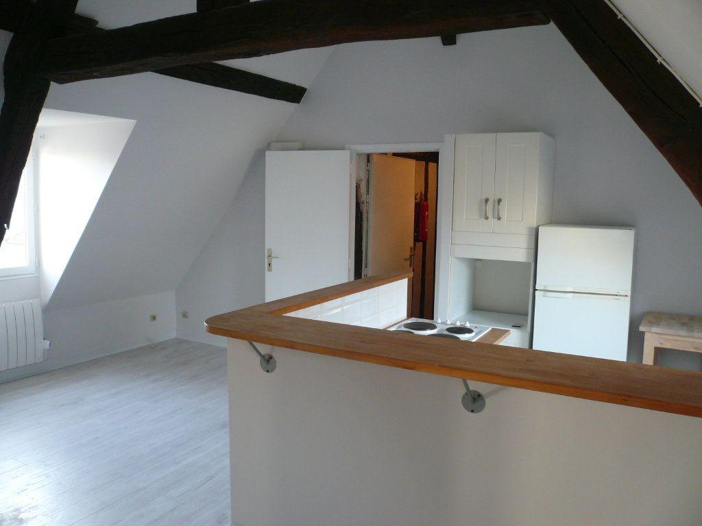 Appartement à louer 2 32.29m2 à Senlis vignette-1