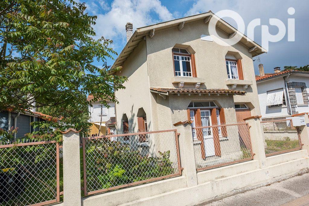 Maison à vendre 5 100m2 à La Tremblade vignette-1