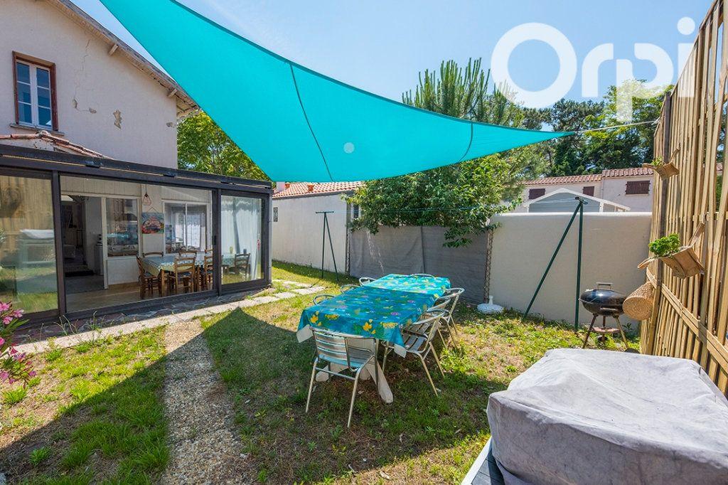 Maison à vendre 5 100m2 à La Tremblade vignette-4