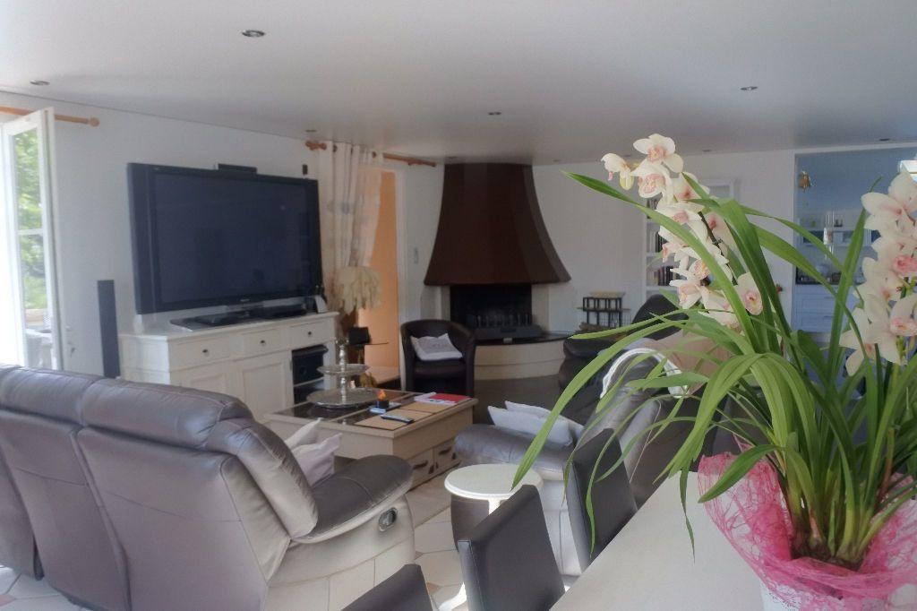 Maison à vendre 6 188m2 à Bourcefranc-le-Chapus vignette-3
