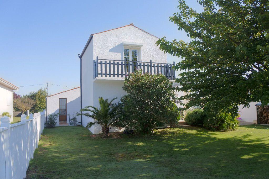 Maison à vendre 6 188m2 à Bourcefranc-le-Chapus vignette-13