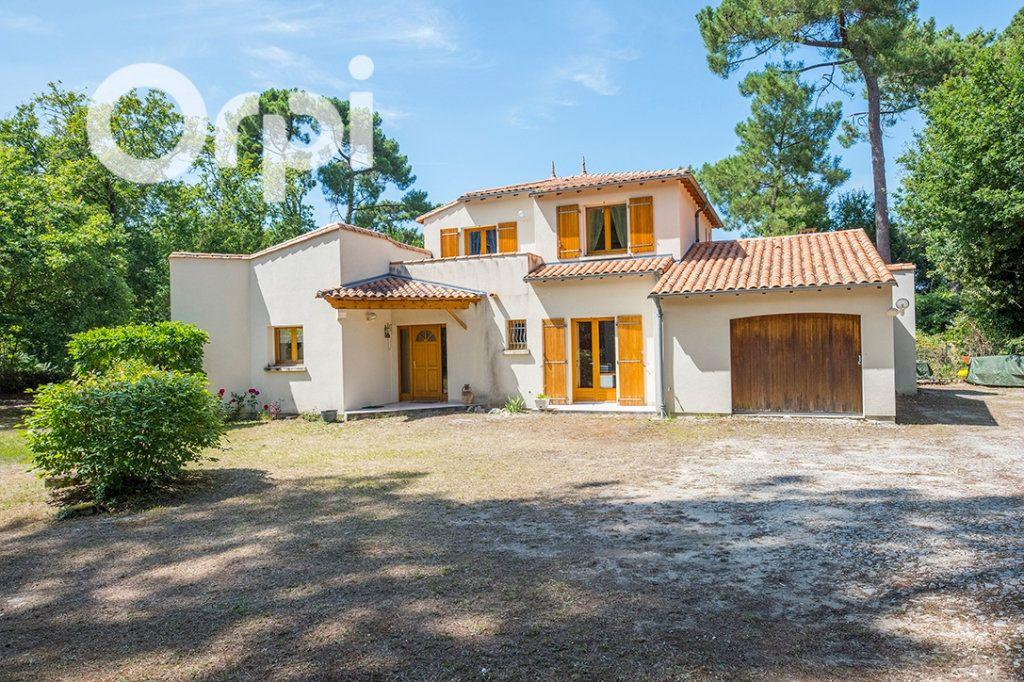 Maison à vendre 6 168m2 à La Tremblade vignette-1