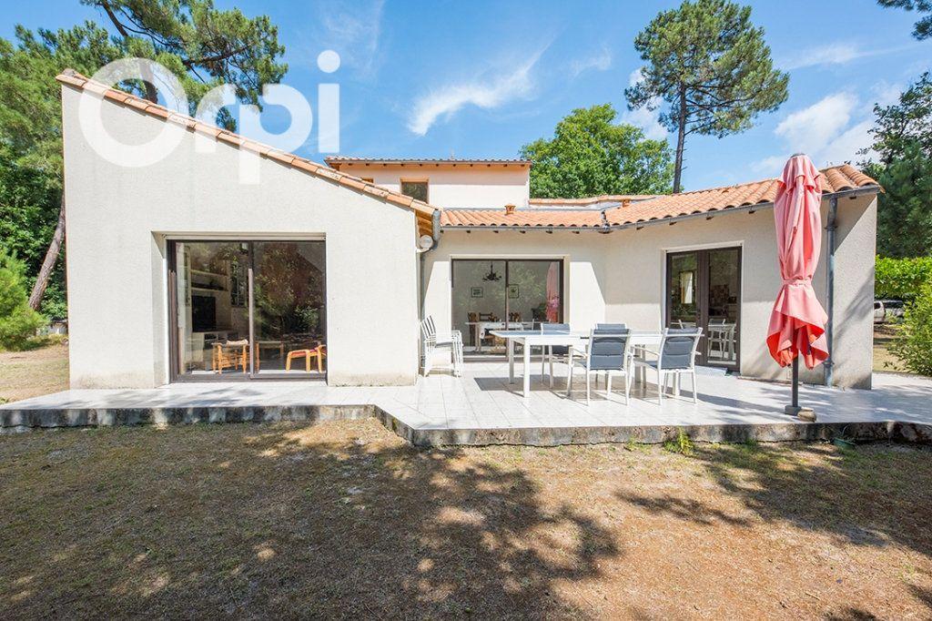Maison à vendre 6 168m2 à La Tremblade vignette-4