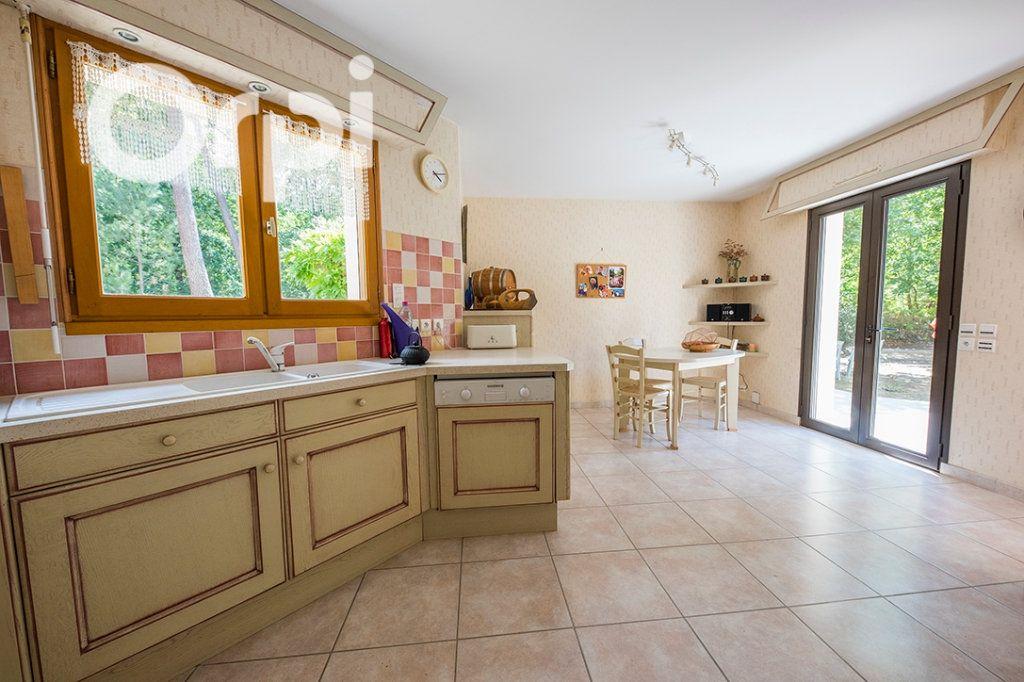 Maison à vendre 6 168m2 à La Tremblade vignette-9