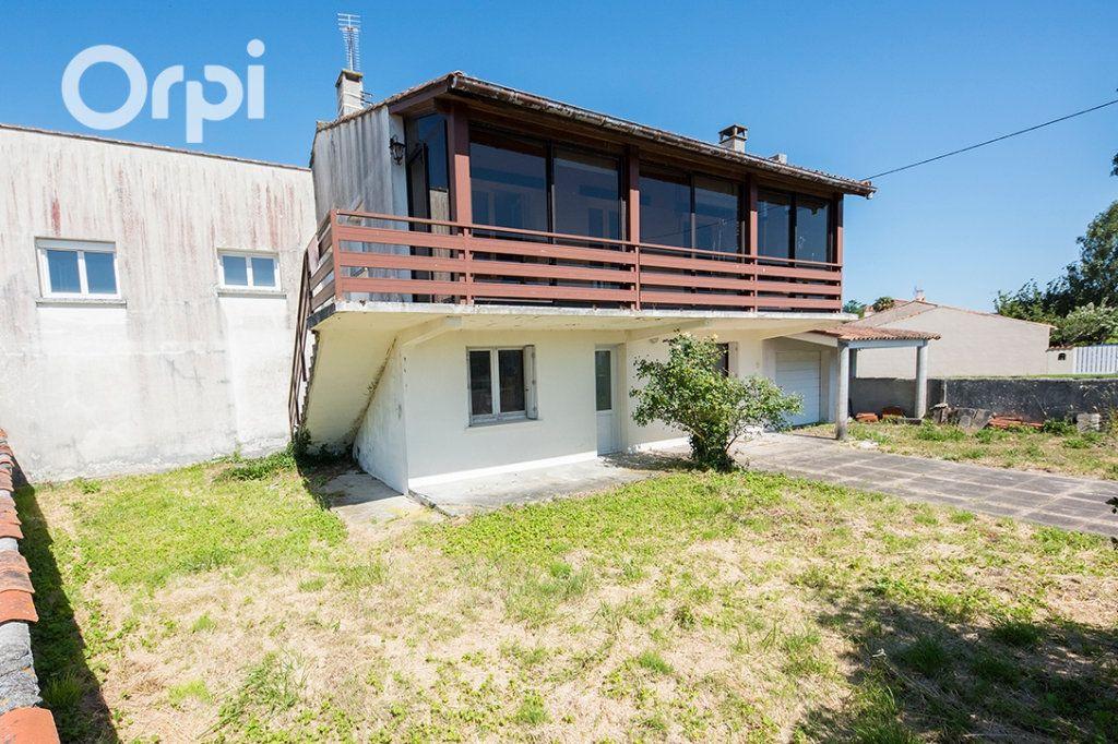 Maison à vendre 12 235m2 à Arvert vignette-4