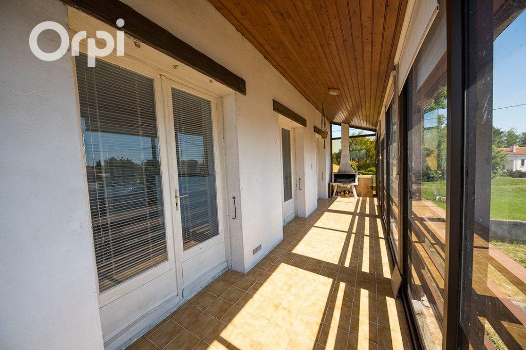 Maison à vendre 12 235m2 à Arvert vignette-5
