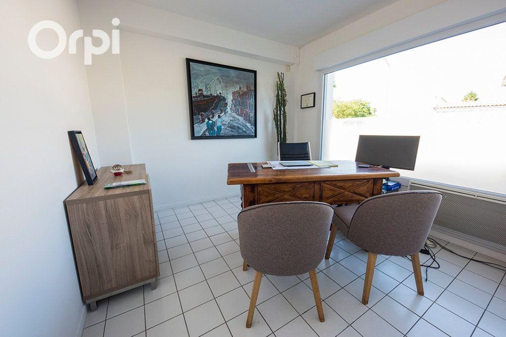 Maison à vendre 12 235m2 à Arvert vignette-18