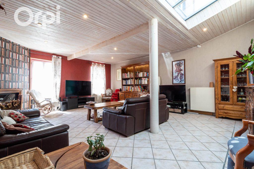 Maison à vendre 6 190m2 à Bourcefranc-le-Chapus vignette-6