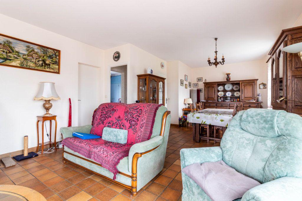 Maison à vendre 5 146m2 à Bourcefranc-le-Chapus vignette-4