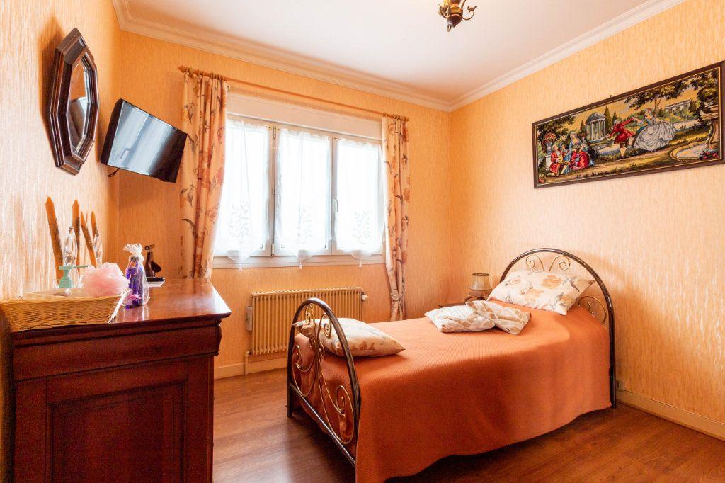 Maison à vendre 5 146m2 à Bourcefranc-le-Chapus vignette-7