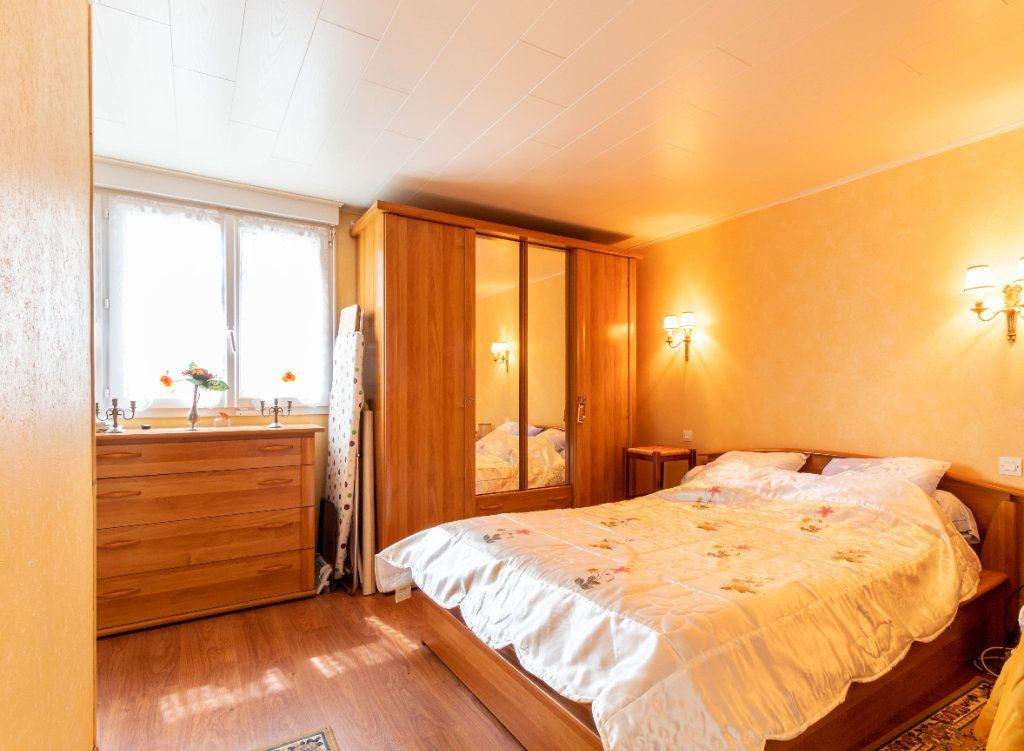 Maison à vendre 5 146m2 à Bourcefranc-le-Chapus vignette-10