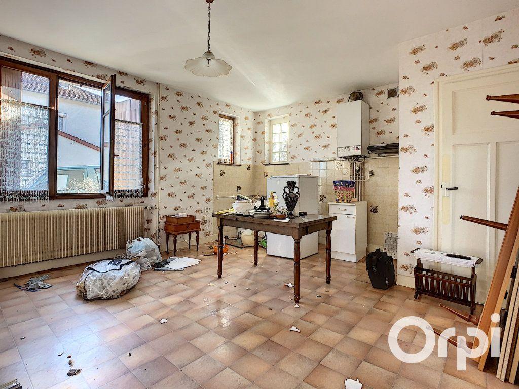 Maison à vendre 4 95m2 à Saint-Éloy-les-Mines vignette-3
