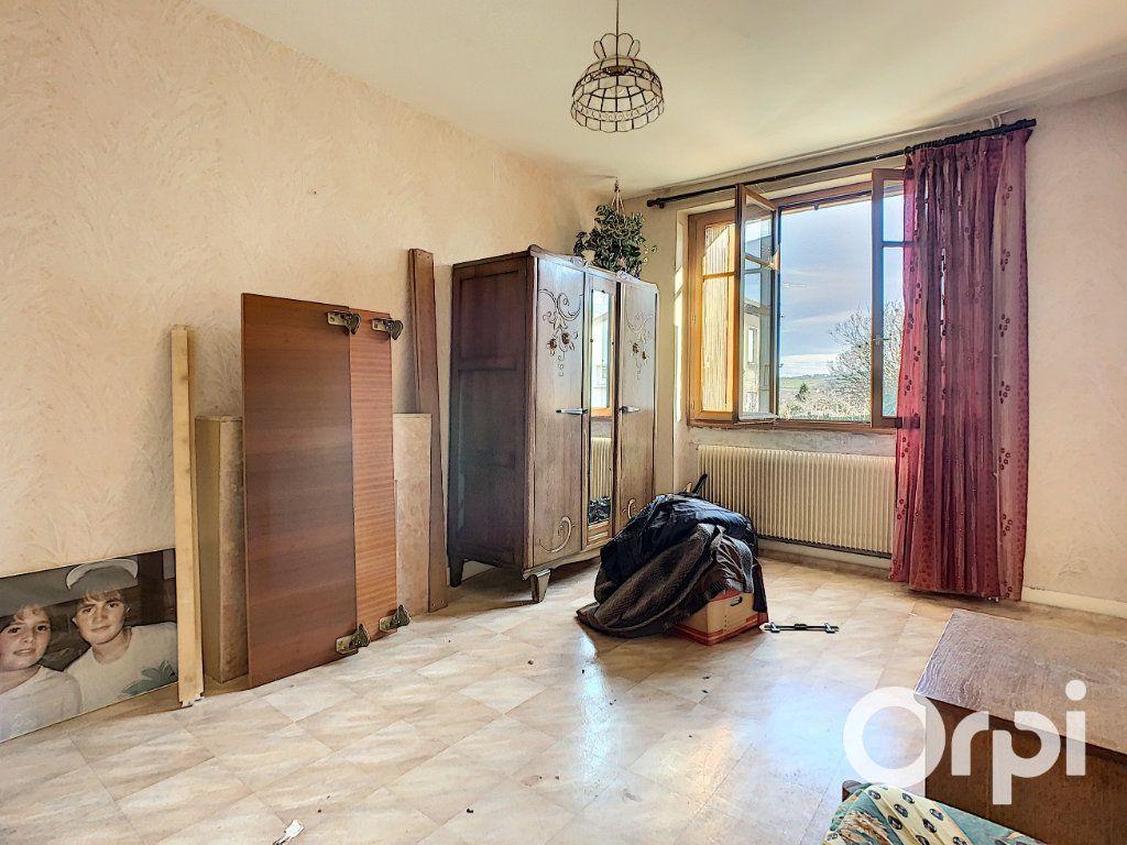 Maison à vendre 4 95m2 à Saint-Éloy-les-Mines vignette-4