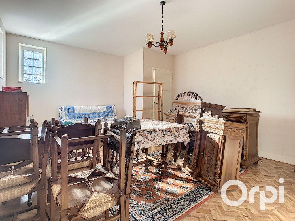 Maison à vendre 4 95m2 à Saint-Éloy-les-Mines vignette-7