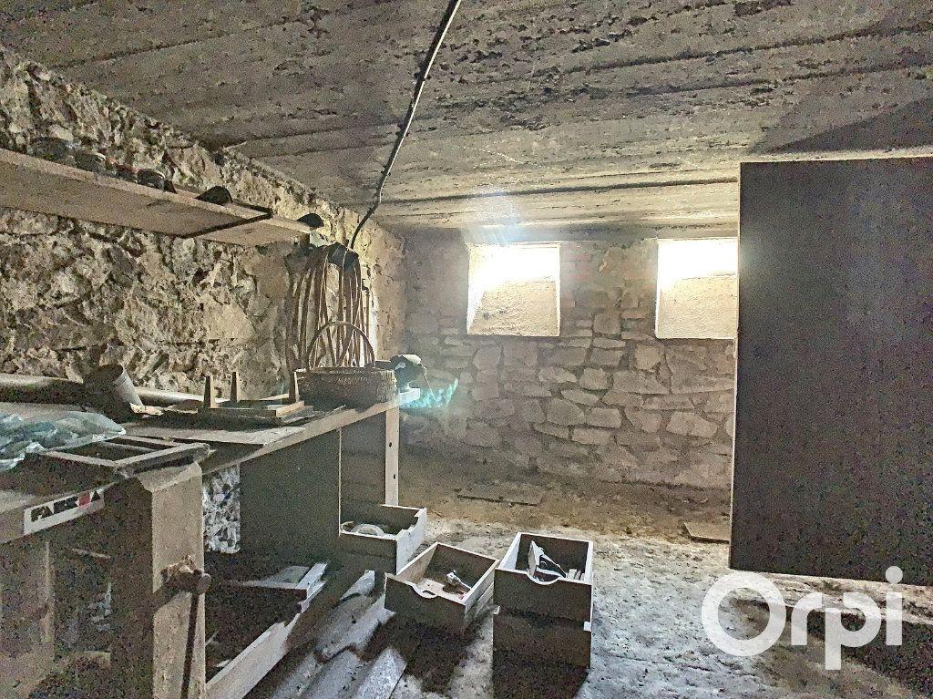 Maison à vendre 4 95m2 à Saint-Éloy-les-Mines vignette-10